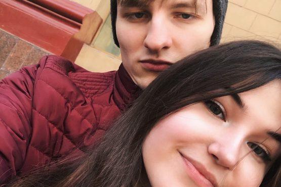 Андрей любит тебя, Агния!